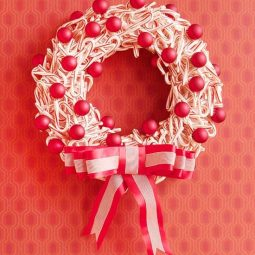 Candy cane wreath from bhg.jpg