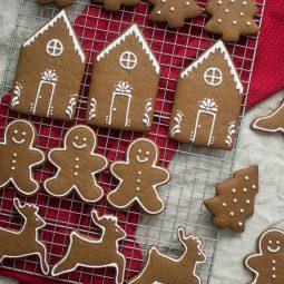 Christmas cookies by aline schneider 1.jpg