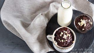 Mug cake mit schokolade aus der mikrowelle 696x464.jpg