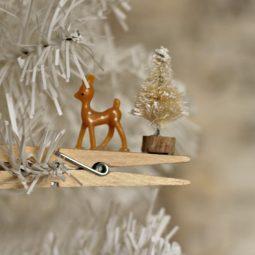 Reindeer clothespin ornament.5 1024x682.jpg