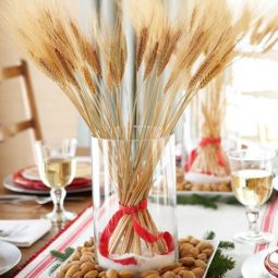 54fefcfe606f2 1211 wheat stalks with red and white rubbon in glass vase xl.jpg