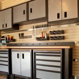 Garage cabinets e1574605030920.jpg